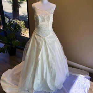 Venus Beaded Wedding Dress